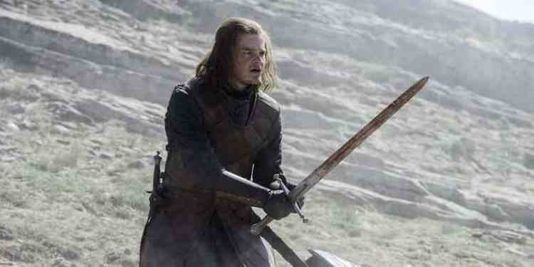 robert-aramayo-as-young-ned-stark-in-game-of-thrones