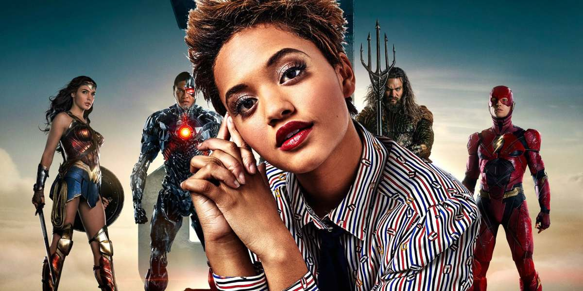 Kiersey Clemons scenes as Iris West Was Removed from New Justice League Movie