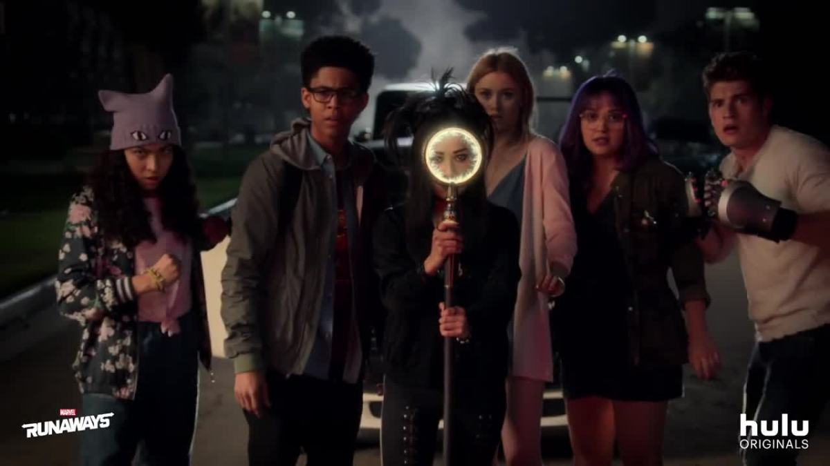Marvel's 'Runaways' Tease Their powers On This New Banner For The Upcoming TV Series